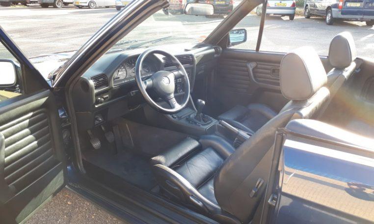 BMW 320i Cabrio E30 Mauritiusblauw Zwart Leder 206000 Km