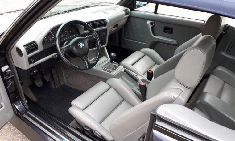 BMW M3 E30 Cabriolet 127000 Km Macaoblauw Met Zilver Leder Interieur