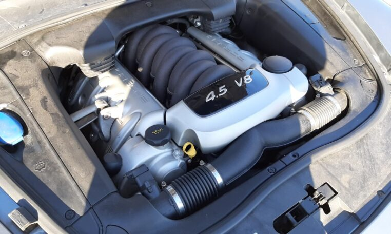Porsche Cayenne S 4.5 V8 Grijs 132000 Km